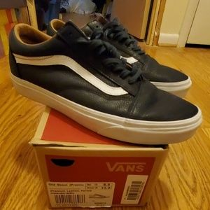 Vans Old Skool navy leather sneakers
